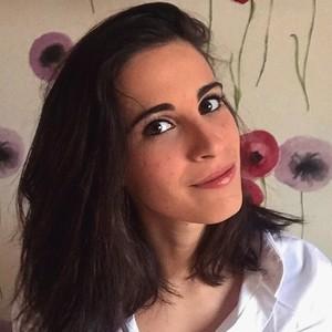 Rachele rho milano laureanda in lettere moderne con for Lettere moderne