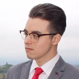 Lorenzo torino torino laureando in lettere moderne for Lettere moderne