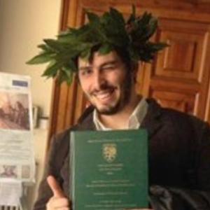 Ernesto - Monterusciello,Napoli : Laureato al Conservatorio