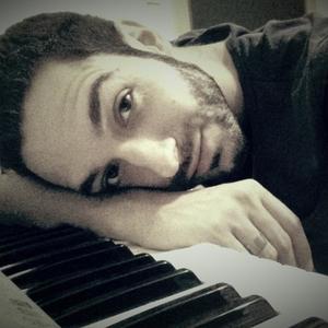 Marco - Napoli,Napoli : Laureato in Discipline della Musica