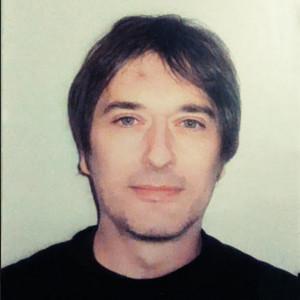 Carlo - Brescia,Brescia : Musicista con 34 anni di