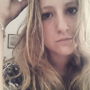 Elena Pescarapescara Studentessa Della Facoltà Di Lingue